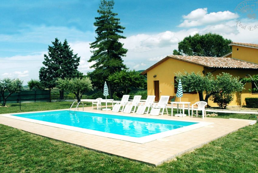 "Country House ""La Sorgente"""
